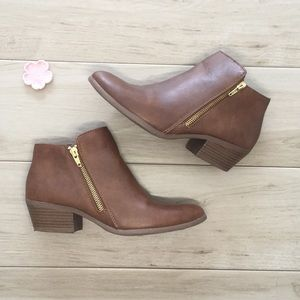 🆕 American Eagle Ankle Boots | 7